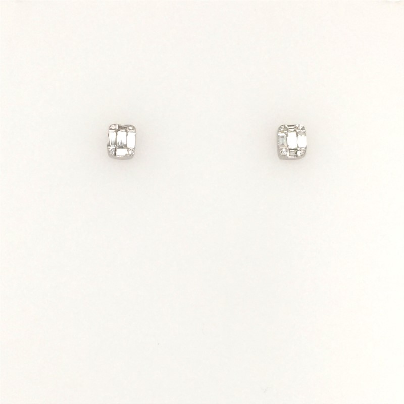 14K White Gold Diamond Stud Earrings With 0.38 Carats Total Weight
